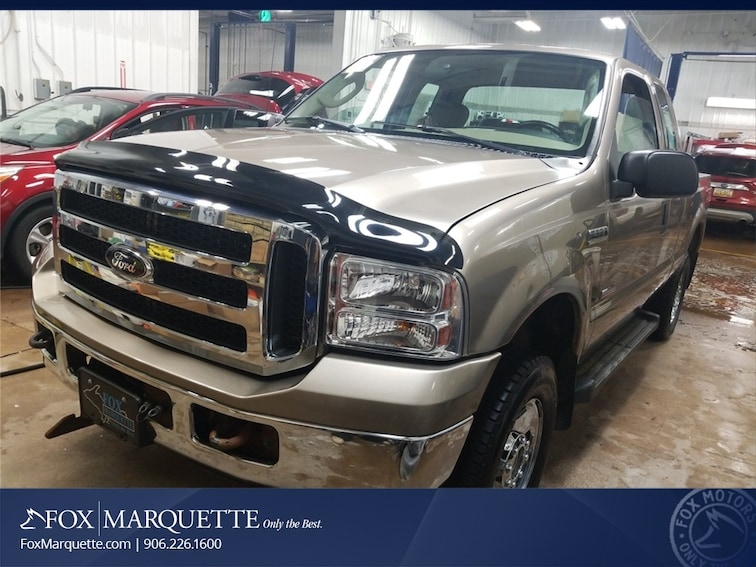 Used 2006 Ford F-250SD XLT Truck in Marquette