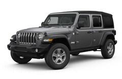 2018 Jeep Wrangler UNLIMITED SPORT S 4X4 Sport Utility 1C4HJXDG4JW318752