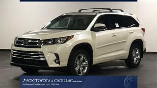 New 2019 Toyota Highlander Limited V6 SUV T2805 in Cadillac, MI