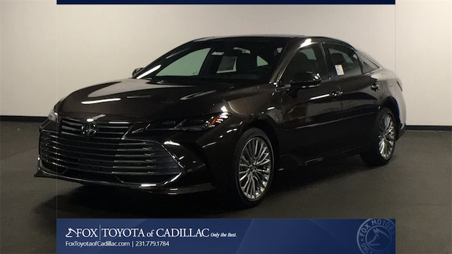 New 2019 Toyota Avalon Limited Sedan T2753 in Cadillac, MI