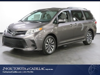 New 2019 Toyota Sienna LE 7 Passenger Van T2796 in Cadillac, MI