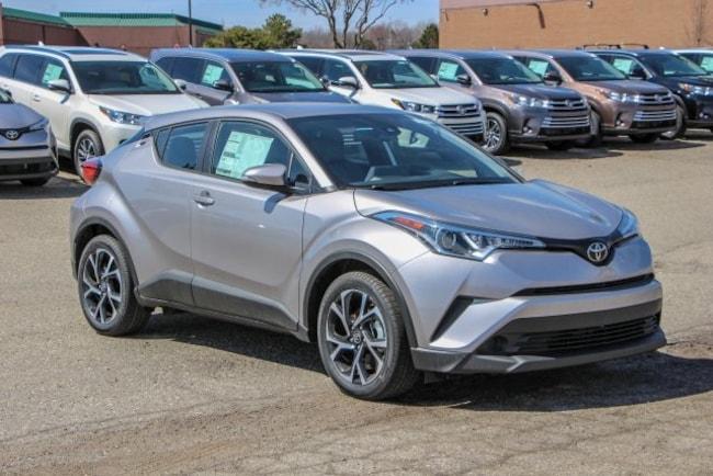 New 2019 Toyota C-HR XLE SUV Rochester Hills