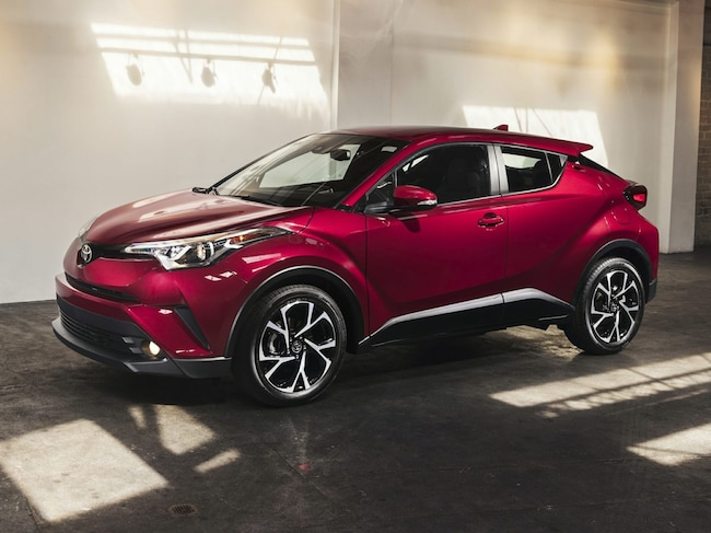 New 2019 Toyota C-HR LE SUV Rochester Hills