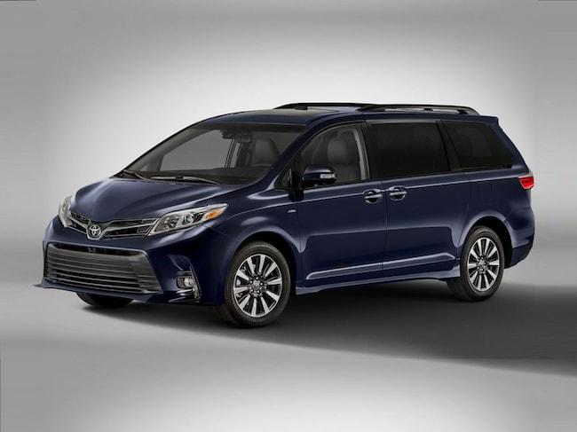 New 2019 Toyota Sienna XLE 8 Passenger Van Rochester Hills