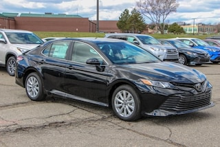 New 2019 Toyota Camry LE Sedan for Sale in Rochester Hills