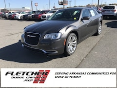 2019 Chrysler 300 TOURING L Sedan 2C3CCAAG6KH517327