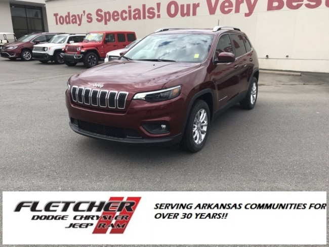 New 2019 Jeep Cherokee LATITUDE FWD Sport Utility 1C4PJLCB6KD340372 For Sale in sherwood AR
