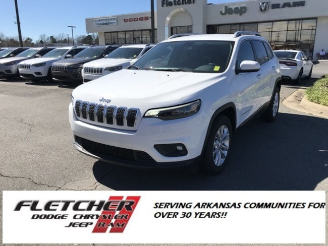 New 2019 Jeep Cherokee LATITUDE FWD Sport Utility 1C4PJLCB1KD340344 For Sale in sherwood AR