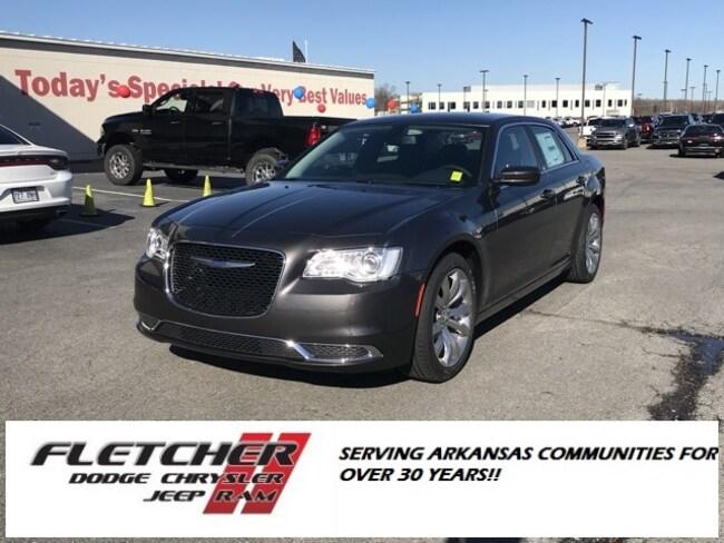 New 2019 Chrysler 300 TOURING L Sedan 2C3CCAAG8KH564794 For Sale in sherwood AR