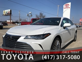 New 2019 Toyota Avalon Limited Sedan