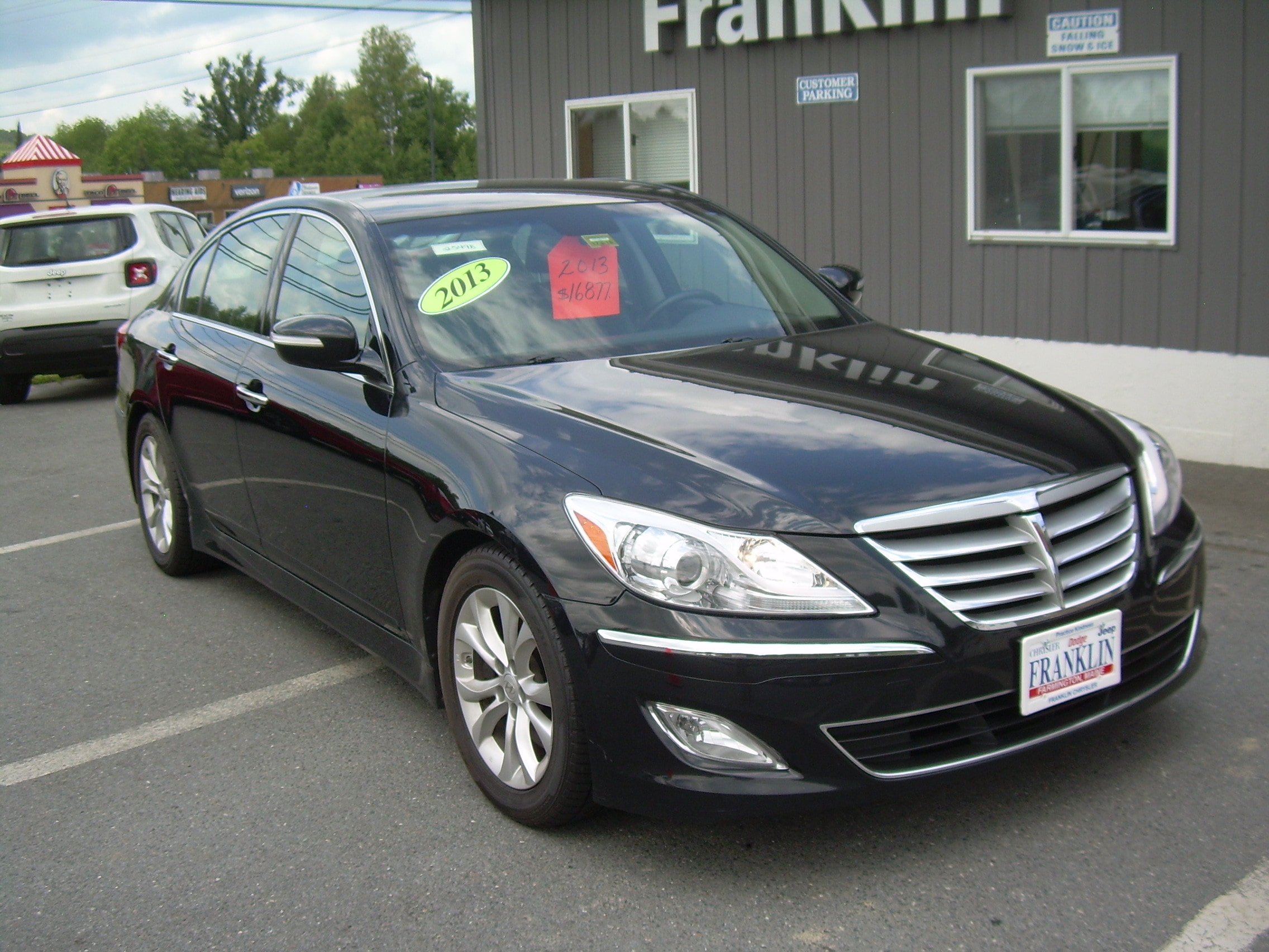 High Quality 2013 Hyundai Genesis 3.8 Sedan
