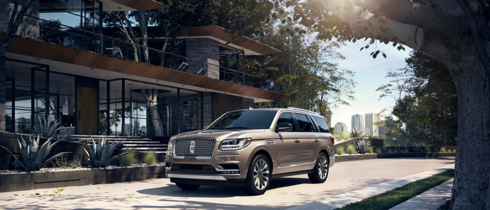 New Brown 2019 Lincoln Navigator