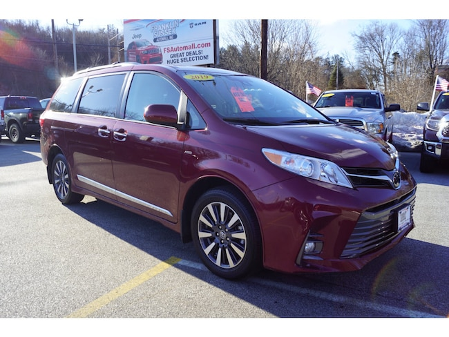 2019 Toyota Sienna XLE Van For Sale in Sussex, NJ