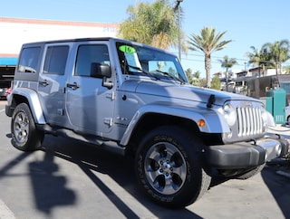 2016 Jeep Wrangler Unlimited 4WD  Sahara SUV