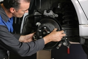 Subaru Oil Change Techs