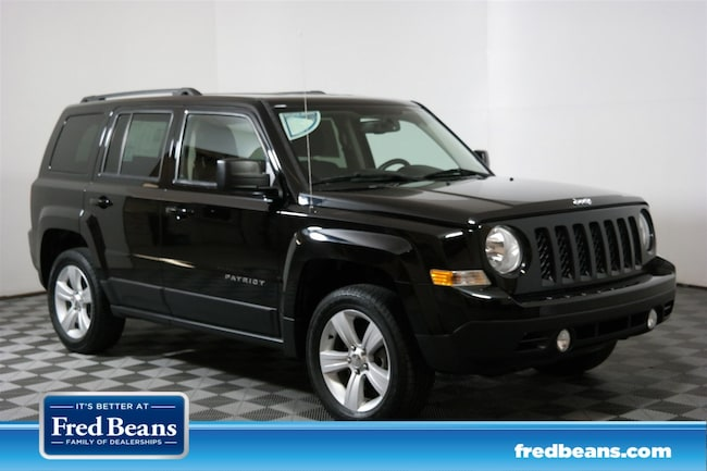 2016 Jeep Patriot Latitude 4WD  Latitude