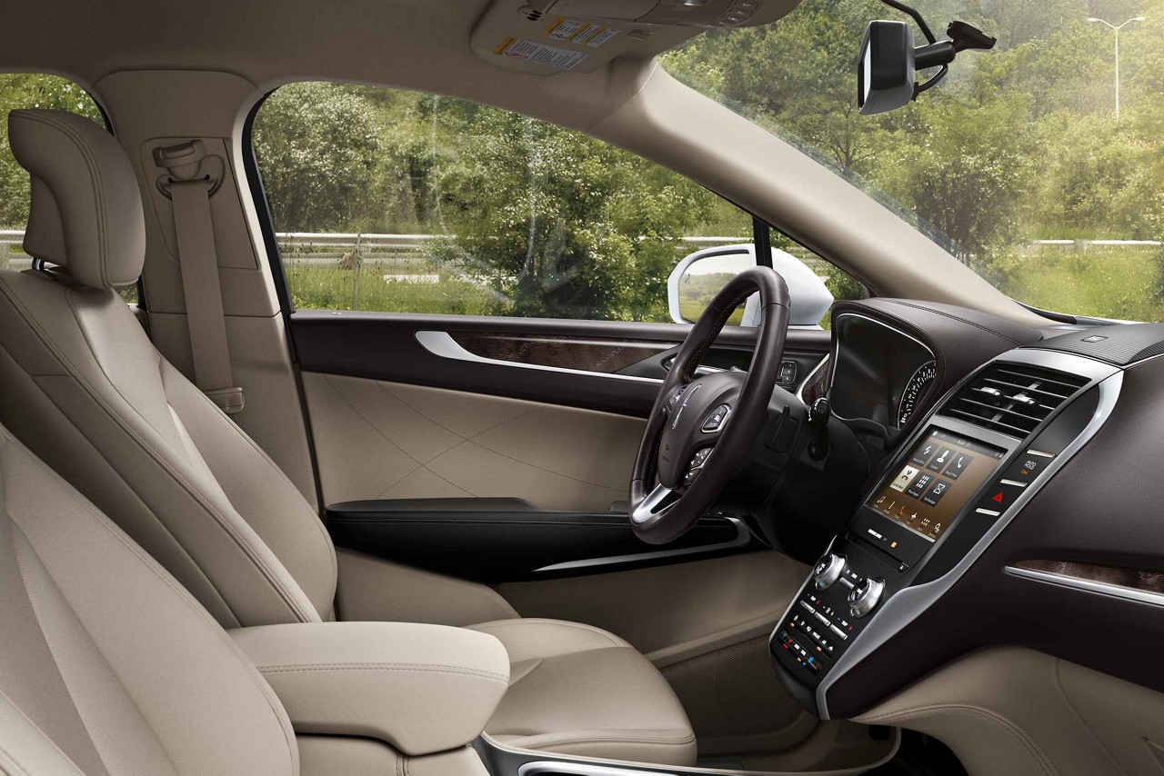 trend cars reviews interior mkc and rating motor lincoln
