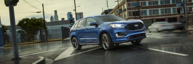 2019 Ford Edge in Lightning Blue