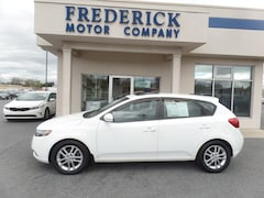 Bargain Used 2011 Kia Forte5 EX EX  Hatchback 6A 43539B in Frederick, MD