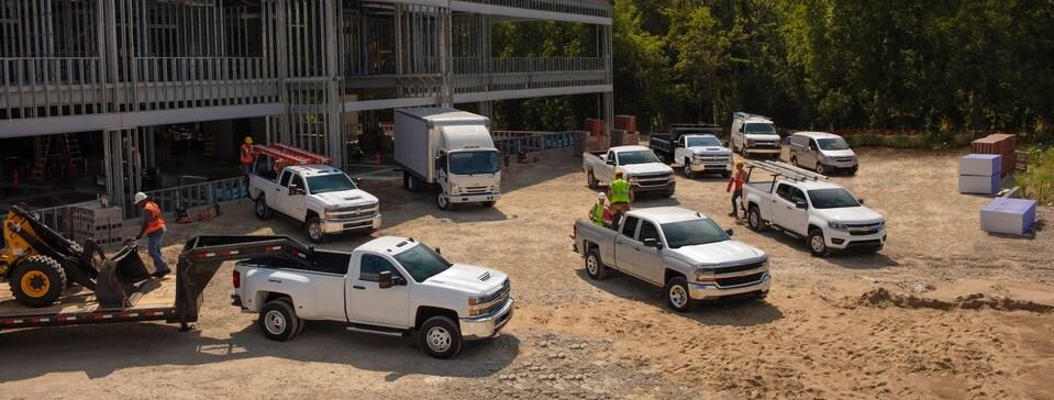 new chevy hd trucks silverado 2500hd silverado 3500hd. Black Bedroom Furniture Sets. Home Design Ideas