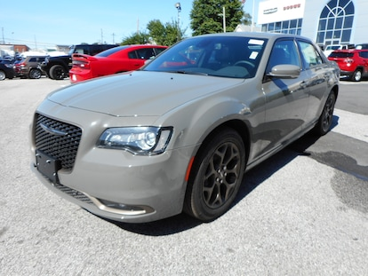 Chrysler 300 S >> New 2018 Chrysler 300 S Awd For Sale Or Lease In Laurel Md Near Baltimore Bowie Clarksville Md Silver Spring Md Vin 2c3ccagg9jh224902