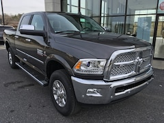 New 2018 Ram 3500 LARAMIE CREW CAB 4X4 6'4 BOX Crew Cab 3C63R3EL8JG174152 for sale in Easton, MD