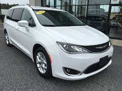 Used 2018 Chrysler Pacifica Touring L Van for sale in Easton, MD