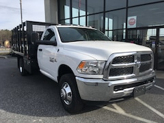 2018 Ram 3500 HD Chassis TRADESMAN REG CAB 4X4 12 FT CM STAKE BODY DUMP Regular Cab