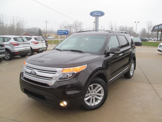 2014 Ford Explorer XLT 4 Wheel Drive - Go in the snow! Moderate miles SUV
