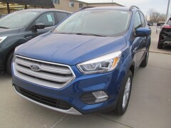2019 Ford Escape 4Wheel Drive SEL w Heated Front Seats, His n Hers SEL 4WD