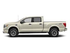 2018 Nissan Titan XD PRO-4X Truck Crew Cab