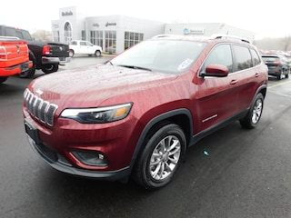 2019 Jeep Cherokee Latitude Plus 4x4 SUV in Fredonia NY