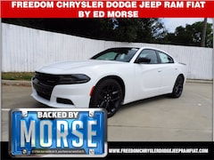 2020 Dodge Charger SXT RWD Sedan
