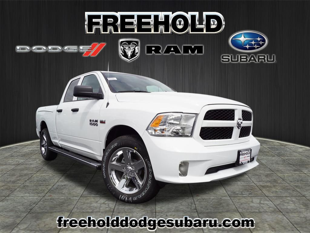 2018 Ram 1500 EXPRESS QUAD CAB 4X4 6'4 BOX Quad Cab 6.4 ft Bed
