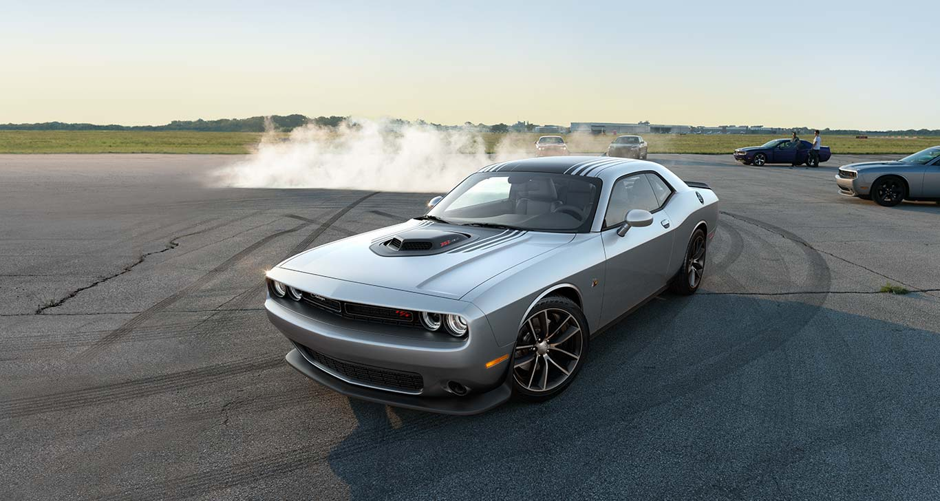 2015 Dodge Challenger Vs Ford Mustang Dodge Dealer