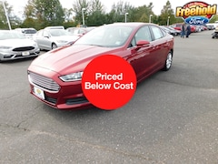 DYNAMIC_PREF_LABEL_INVENTORY_LISTING_DEFAULT_AUTO_USED_INVENTORY_LISTING1_ALTATTRIBUTEBEFORE 2016 Ford Fusion SE Sedan near Jackson Township