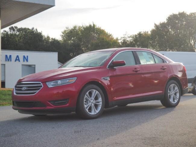 2018 Ford Taurus SEL SEL  Sedan