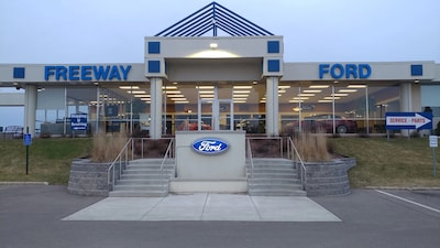 Bloomington Minneapolis MN Ford Dealer Staff Freeway Ford - Ford dealerships mn