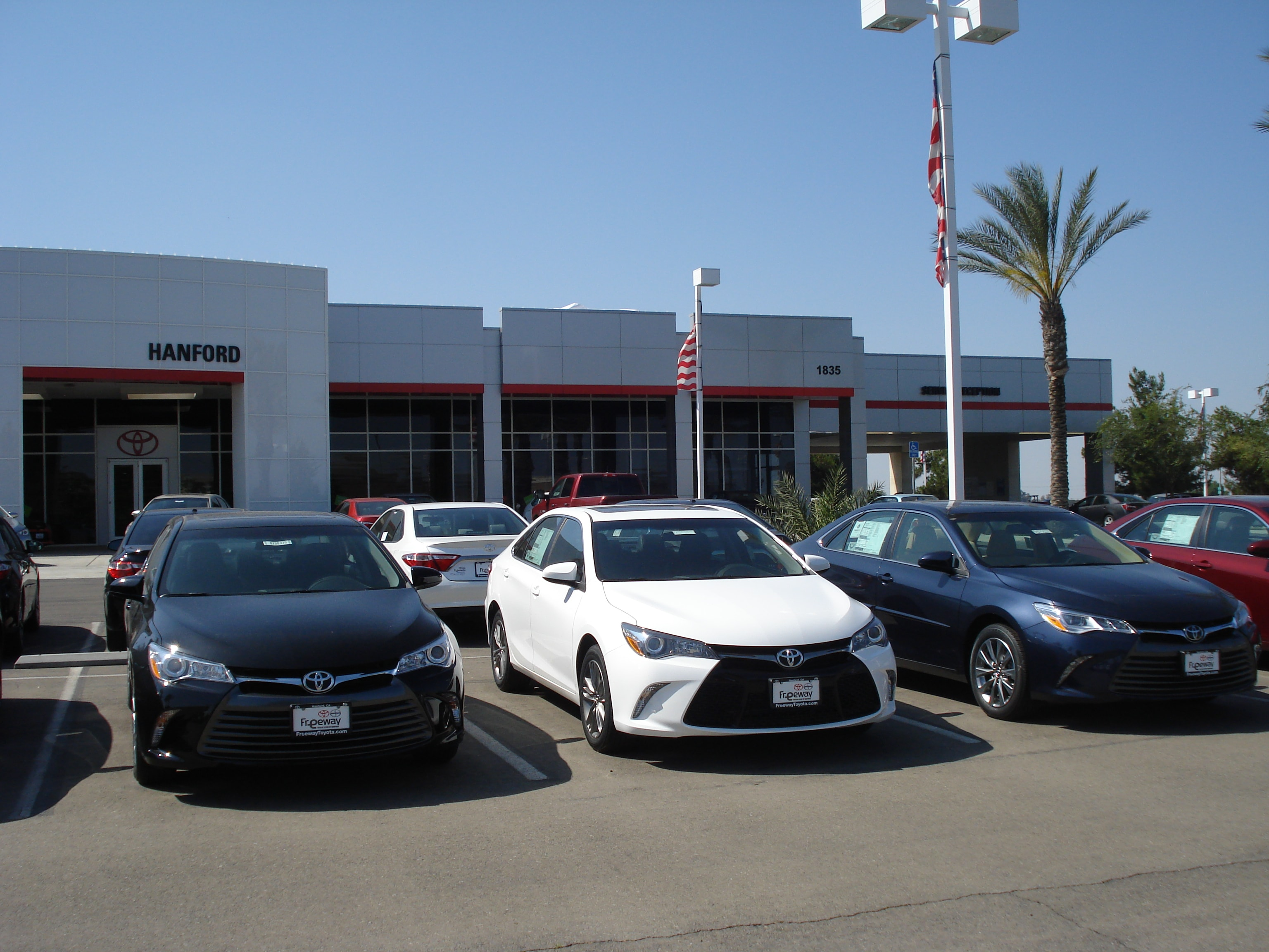 Toyota Dealer serving Selma CA