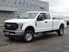 New 2019 Ford Super Duty F-250 SRW XL Extended Cab Pickup Truck Super Cab for Sale in Lyons, IL, near Chicago