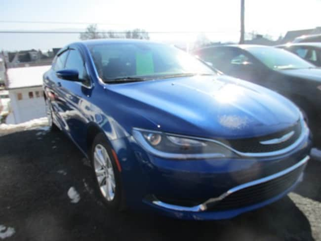 Used 2015 Chrysler 200 Limited Sedan for sale in Lewistown, PA