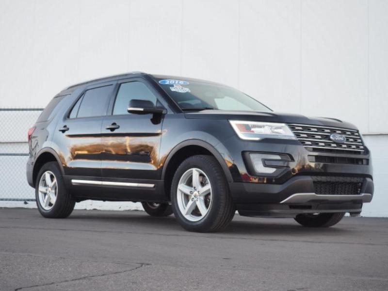 2016 Ford Explorer XLT SUV