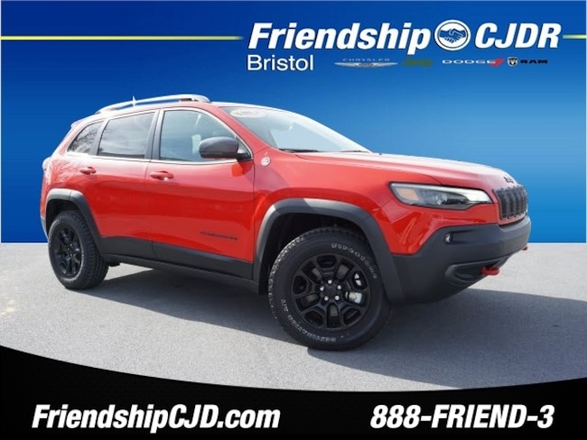 New 2019 Jeep Cherokee TRAILHAWK ELITE 4X4 Sport Utility Bristol TN