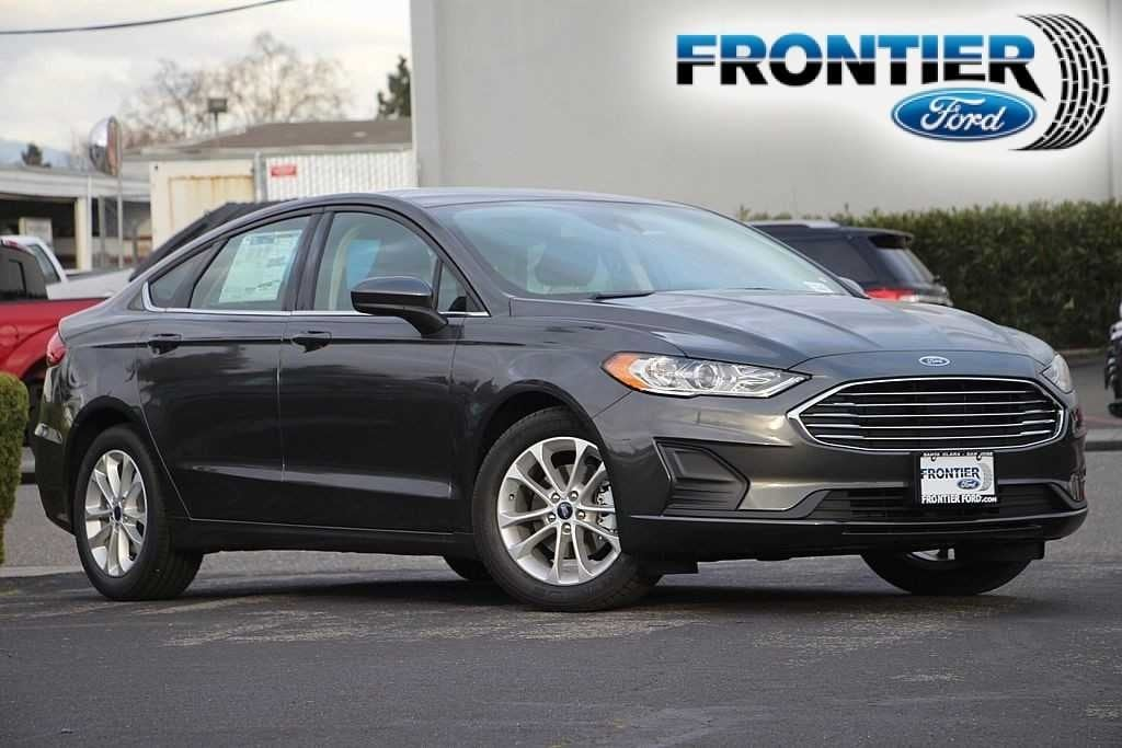 2019 Ford Fusion SE Sedan 3FA6P0HD7KR177991