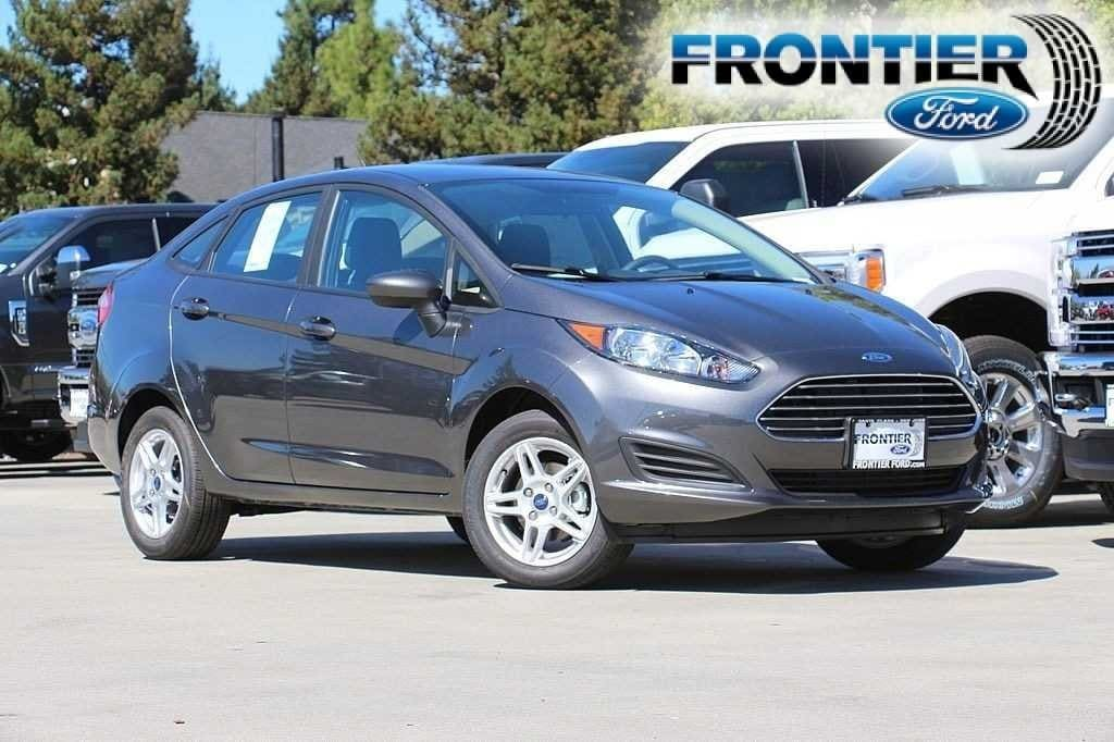 2018 Ford Fiesta SE Sedan 3FADP4BJ9JM144399