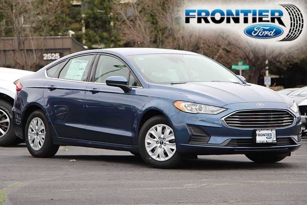 2019 Ford Fusion S Sedan 3FA6P0G73KR177983