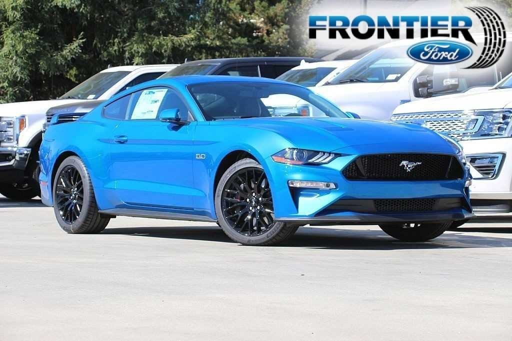 2019 Ford Mustang GT Premium Coupe 1FA6P8CF7K5109085