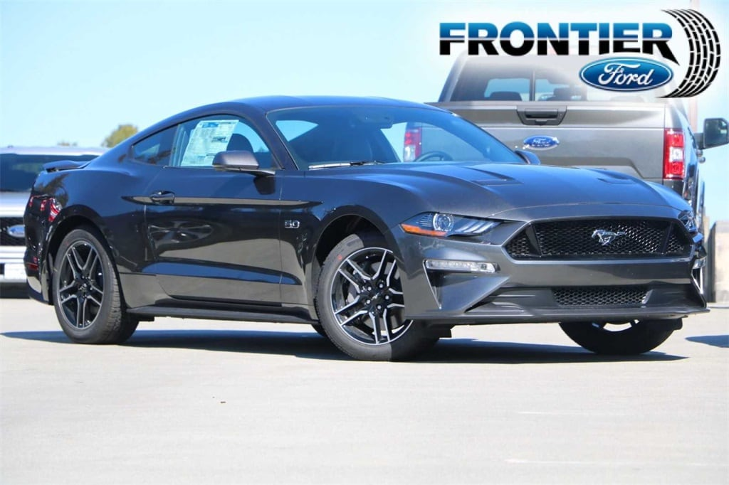 2019 Ford Mustang GT Premium Coupe 1FA6P8CF2K5148361