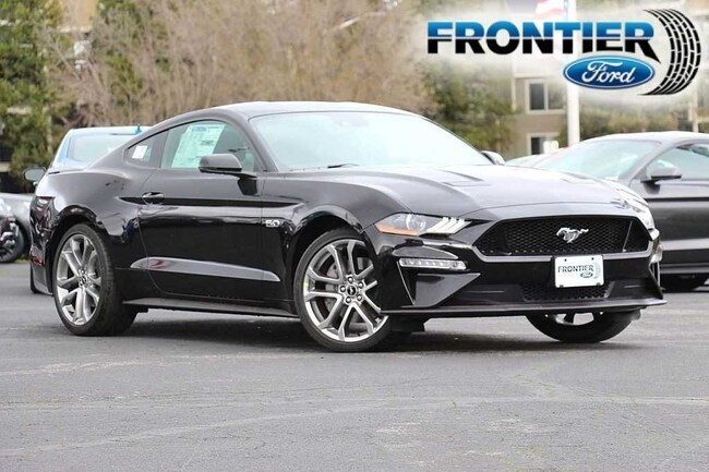 2019 Ford Mustang GT Premium Coupe 1FA6P8CF4K5148362