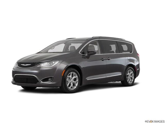 2018 Chrysler Pacifica Touring L Touring L  Mini-Van
